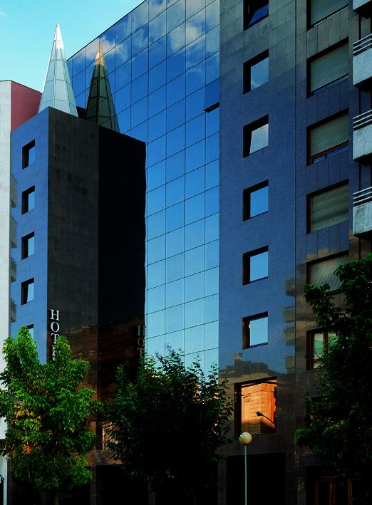 hotel-pretur-carlton-rioja-logrono_big